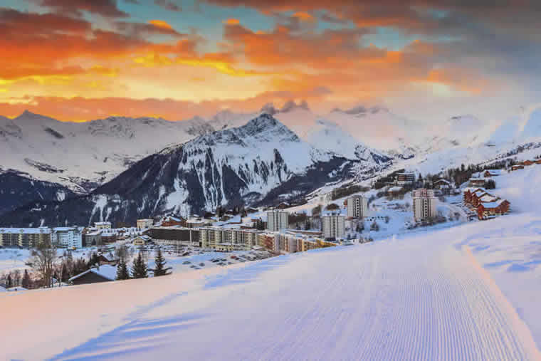 Winter Sport Holidays, Ski Packages, Ski Rental, Chalets and Apartments